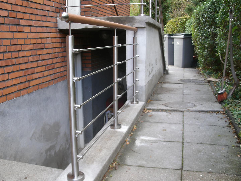 Indgangstrappe,Trappegelænder,Udendørs trappeindgang,Crosinox Rustfrit Stål,RÆKVÆRK,MONTERING ...